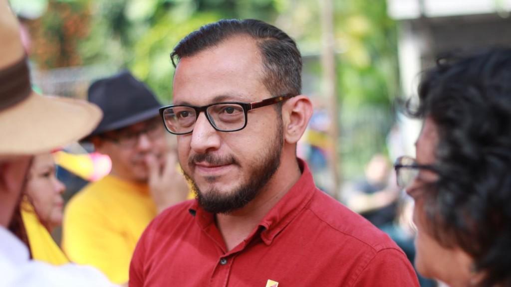 Enrique Sánchez será el primer diputado abiertamente gay de Costa Rica.