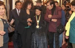 Bolivia-condecora-primera-indigena-parlamentaria_EDIIMA20181107_1020_4