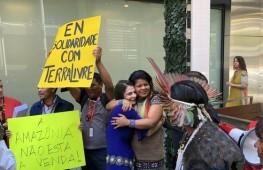 Indigenas-Nueva-York-Bolsonaro-Amazonia_EDIIMA20190424_0044_4