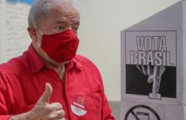 São Bernardo do Campo SP 15 11 2020-O ex presidente Luis Inacio Lula da Silva votou em ABC hoje pela manhã. foto  Ricardo Stuckert
